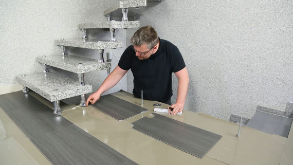 Planeo vinylboden planeo objekt plus smoky oak gold - Vinylboden auf fliesen verlegen ...