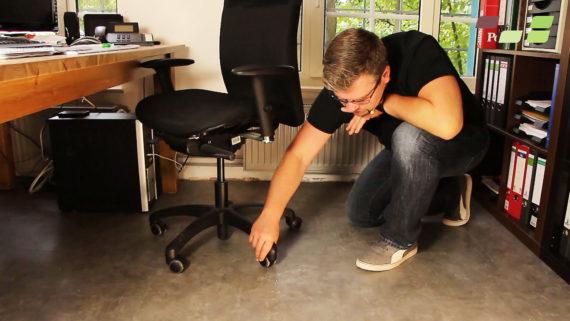 Vinylboden im Büro schützen