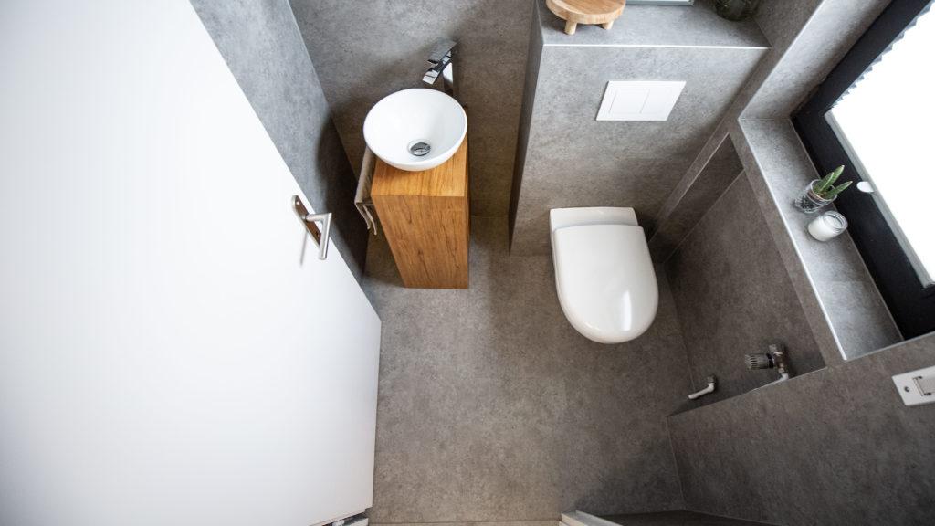 Gäste-WC renovieren – WC Sanierung mit Vinyl in 5 Schritten ...