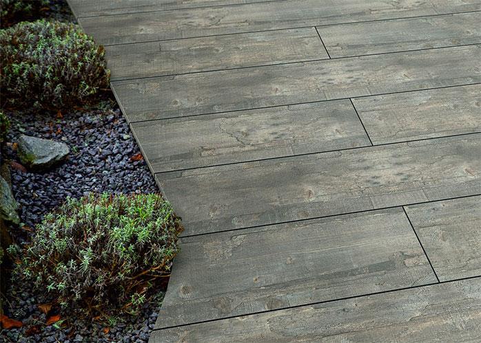 Terrasse mit einem HPL-Boden